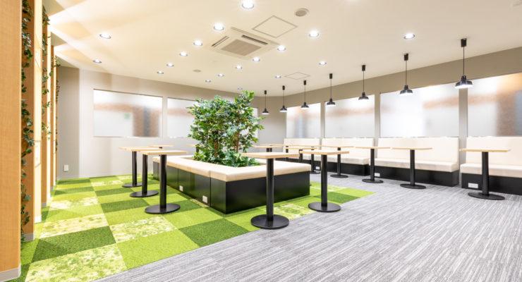 CAFEのような空間をイメージしたコワーキングスペースも併設