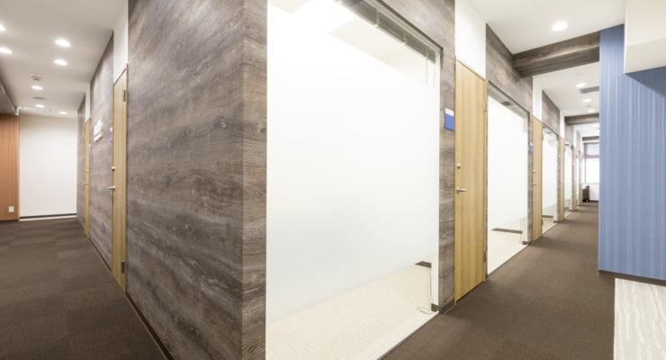8階共用廊下