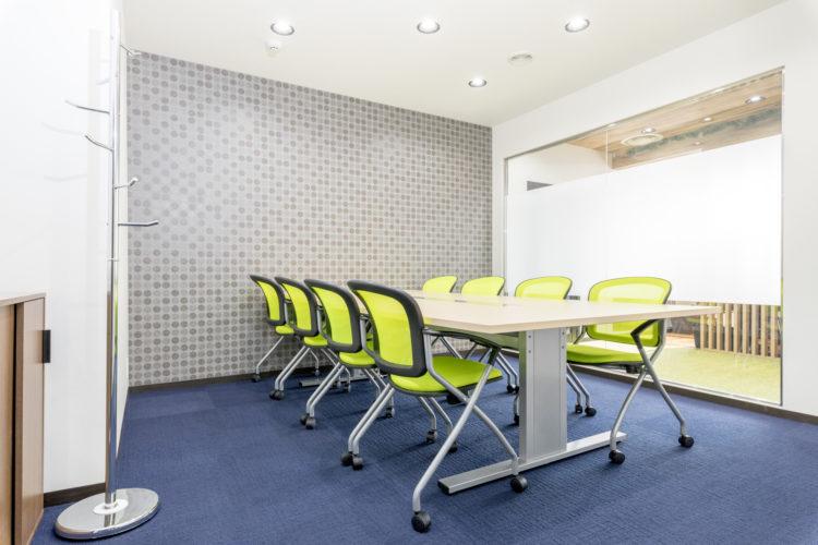 会議室 神戸三宮 コワーキングスペース レンタルオフィス