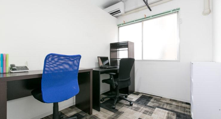施錠可能な完全個室の執務スペース