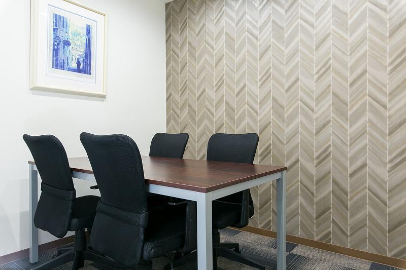 ネット予約できる個室会議室&応接スペース