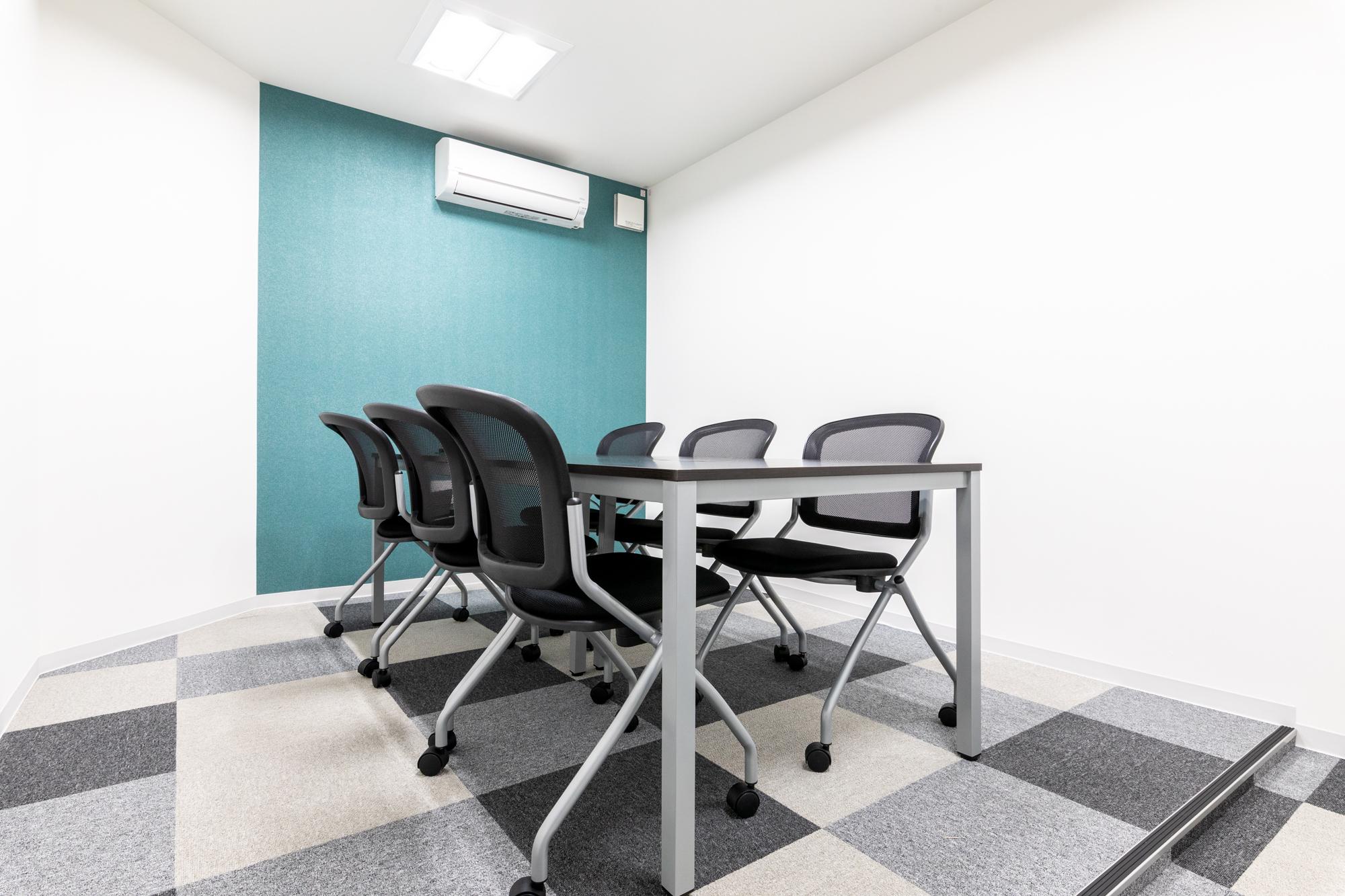 全国40拠点以上の会議室が使い放題、毎月5時間まで無料サービス付き