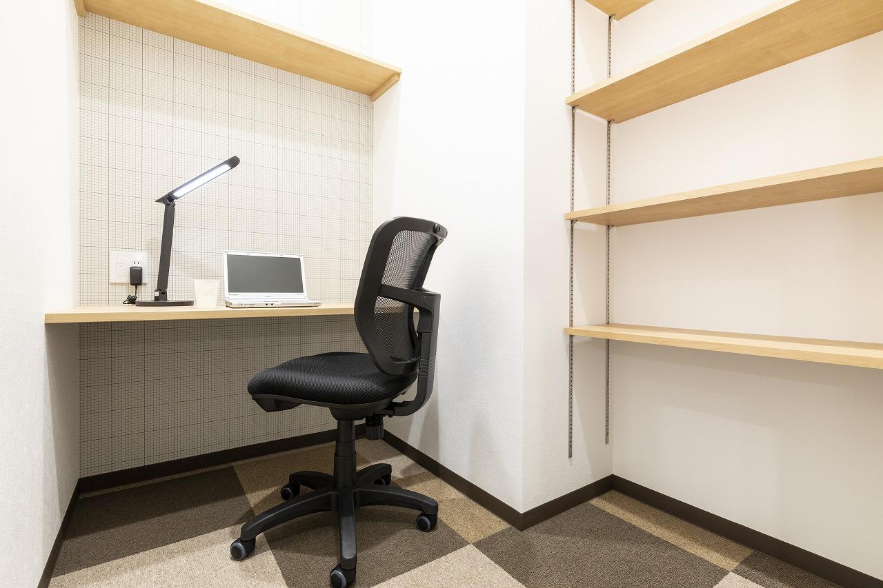 1名用完全個室レンタルオフィス《許認可業種にも対応》