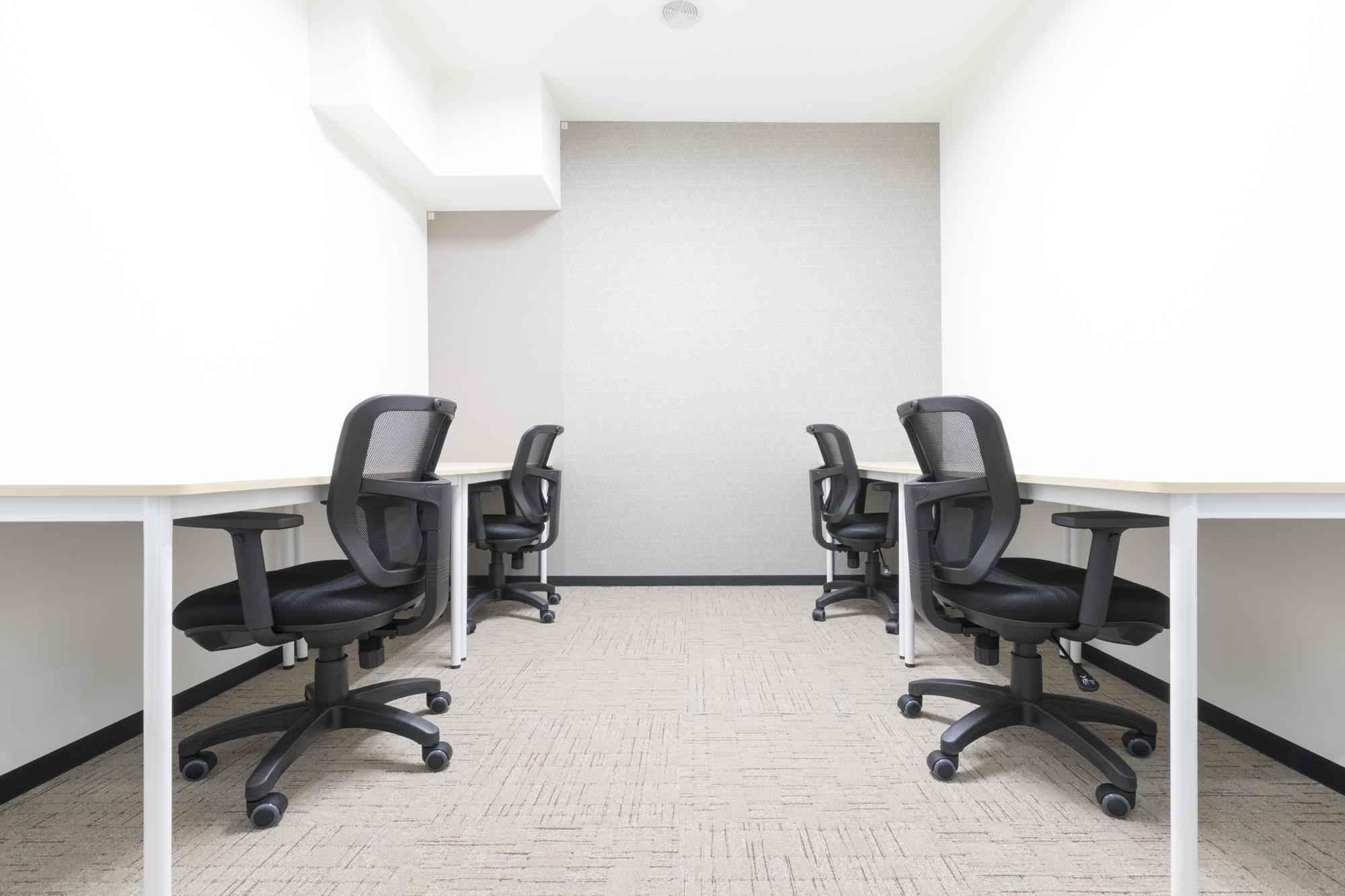 神戸旧居留地オフィスに2~4名用の完全個室オフィスあり!