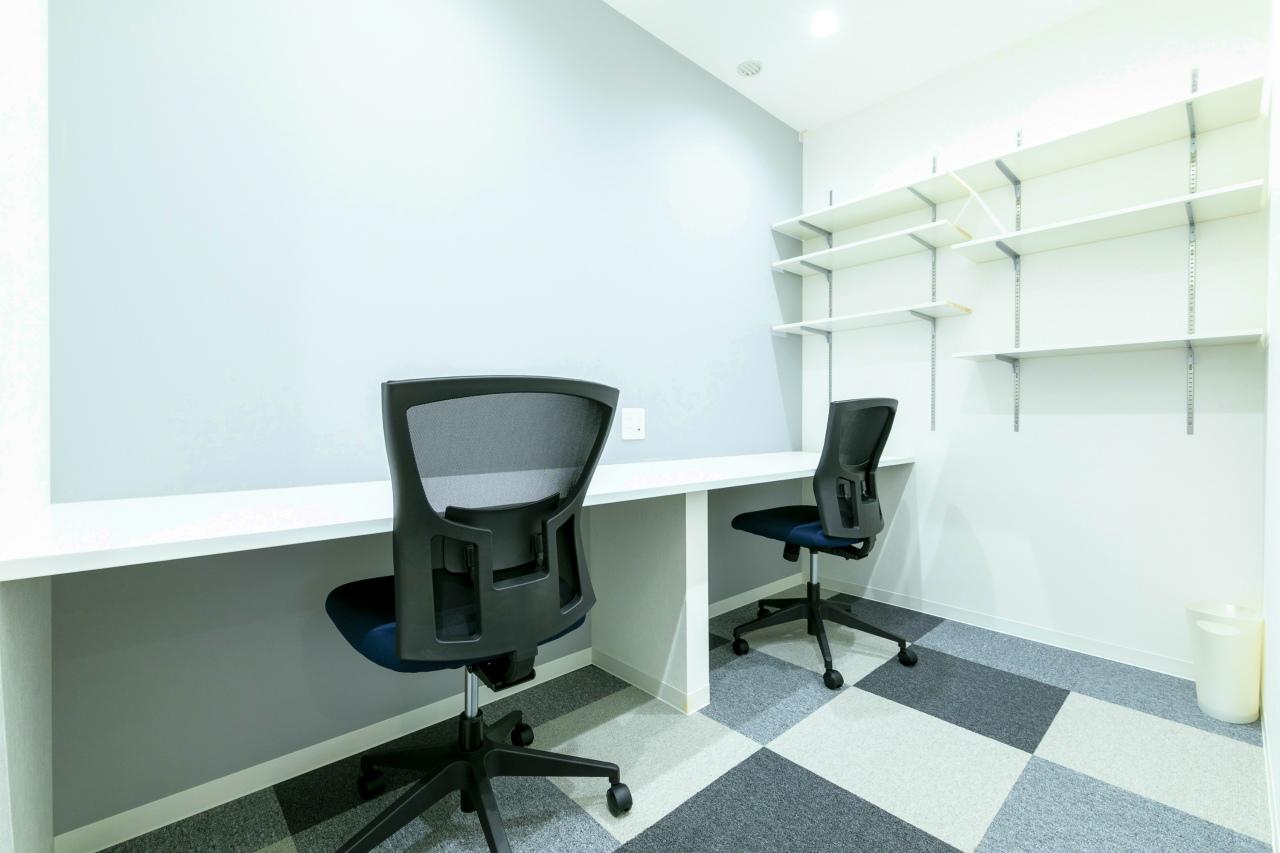 【お部屋について】営業所や新規拠点の立ち上げとして使いやすい4~6名部屋