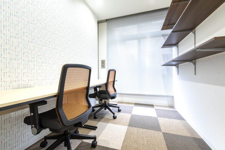 東梅田オフィス 2名部屋
